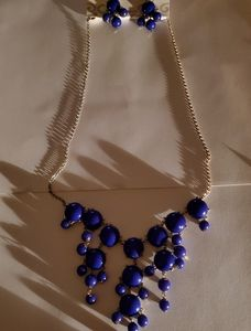NWT Blue necklace with Earrings